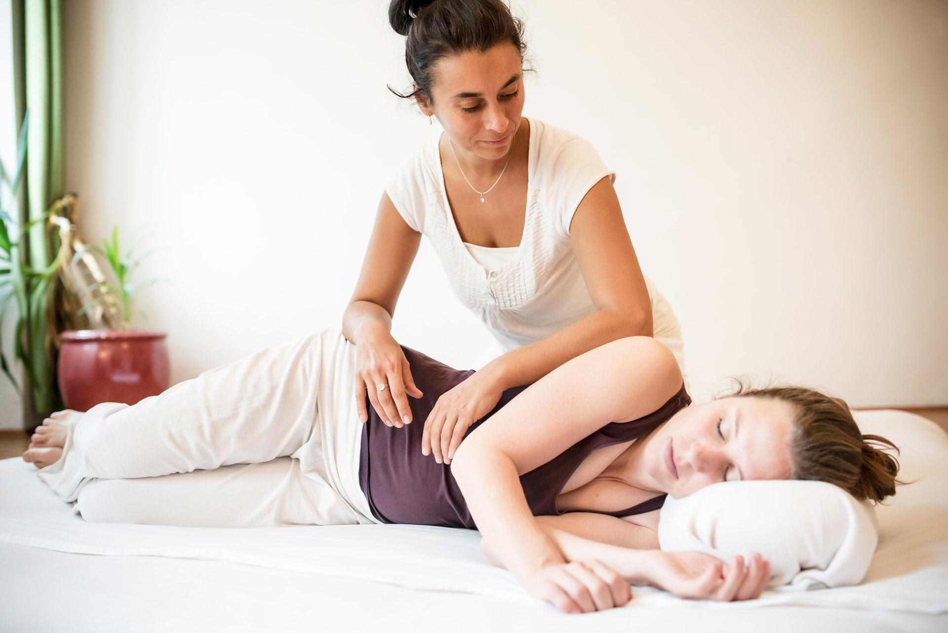 Shiatsu Behandlung Tiefenentspannung mit Elisabeth Cartellieri in Graz